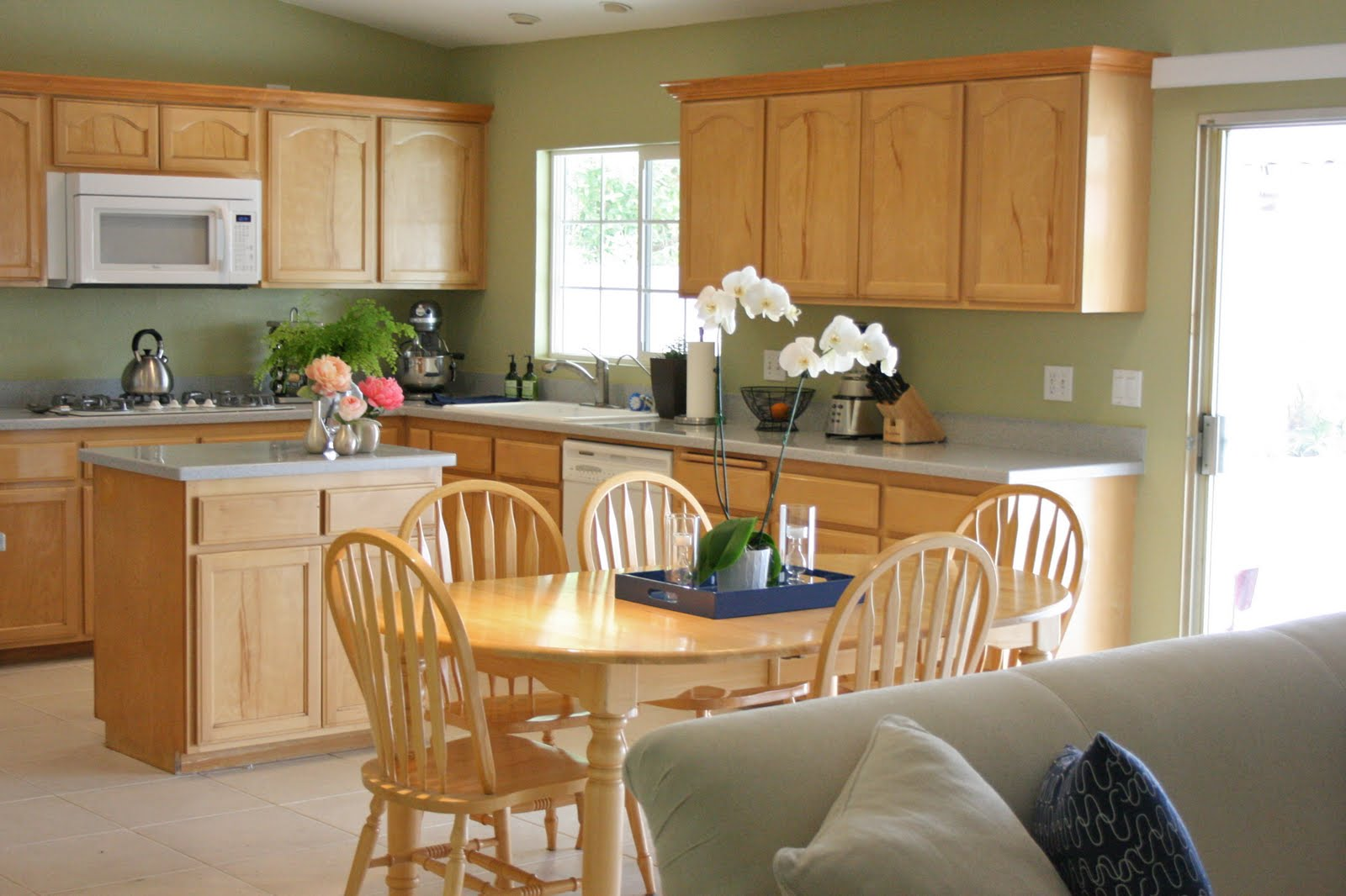 design gal & her handyman: {featured project: before & after kitchen)