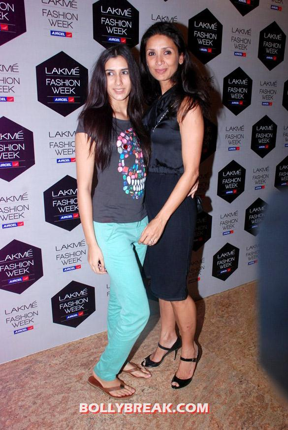 , Hot Models At Sanchita Ajjampur's Show At Lfw 2012