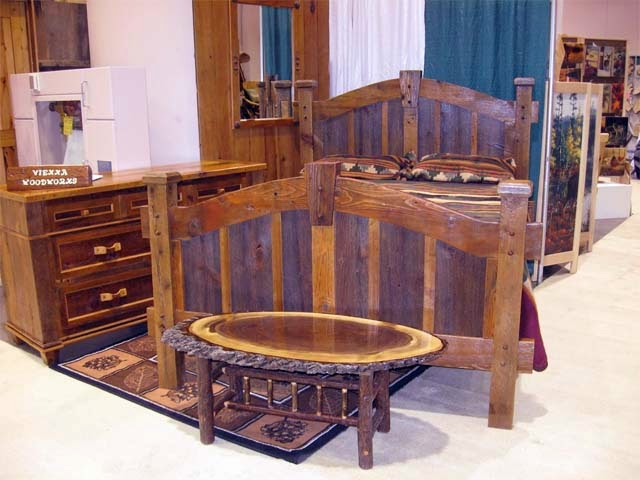 Barnwood Furniture Plans - AyanaHouse