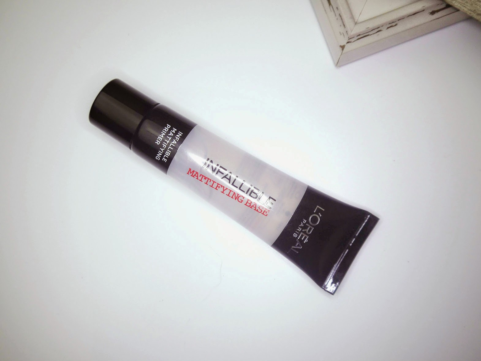 LOREAL  Infallible Mattifying Base