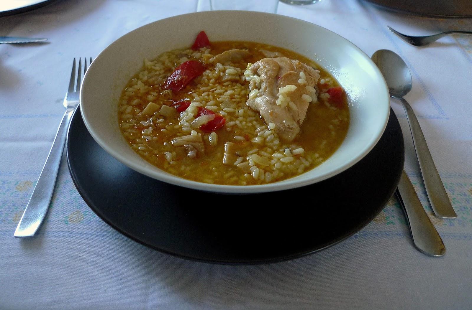 Arroz Caldoso Con Setas Y Pollo el pasaplatos: arroz caldoso con pollo y setas