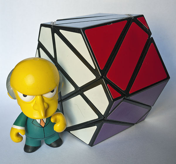 rubik prisma hexagonal montgomery burn Shield cube