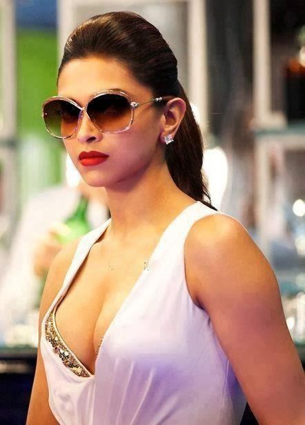 Deepika Padukone Real Boobs