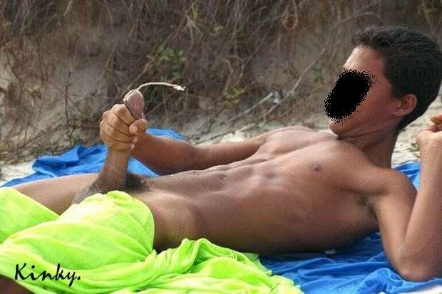 playa enorme polla gay