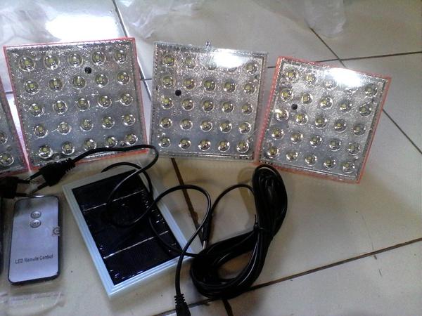 jumpa lamu tenaga matahari bisa di charge dengan sinar matahari dan listrik PLN