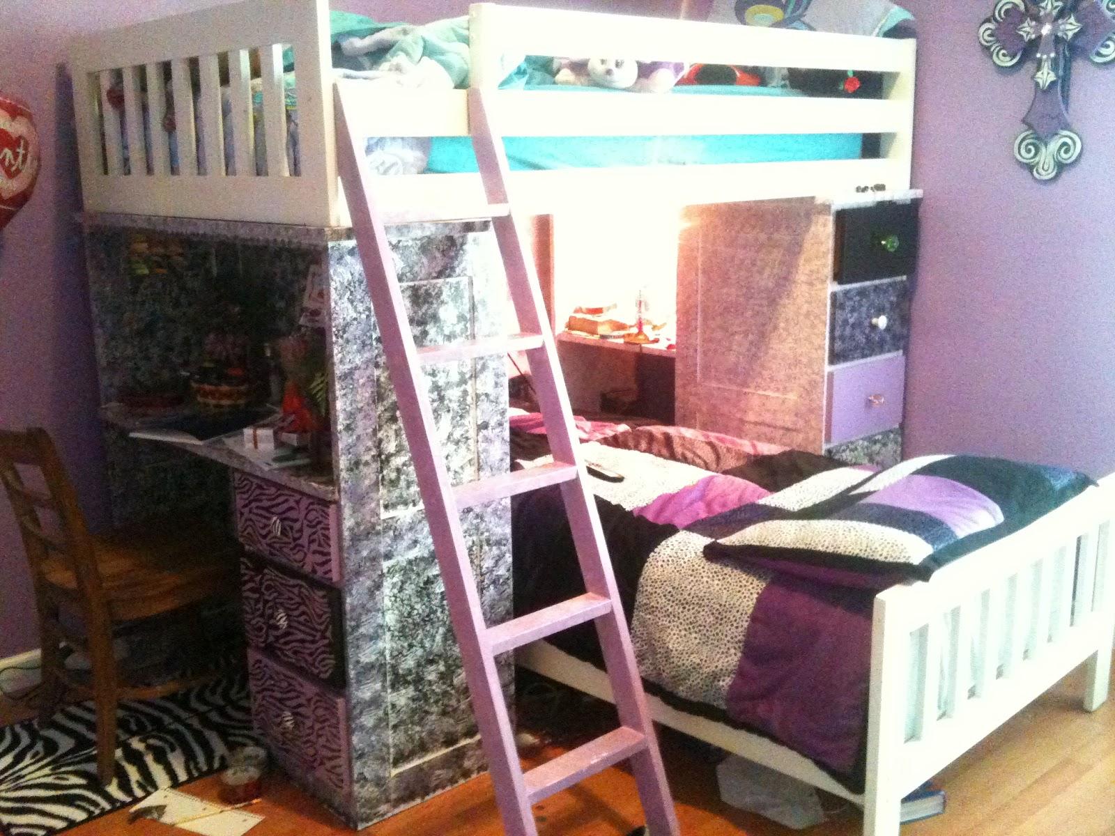 14 images of beds for 10 year olds djenne homes. Black Bedroom Furniture Sets. Home Design Ideas