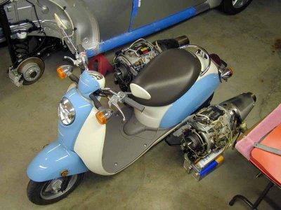 Skuter+Honda+Mesin+Modifikasi