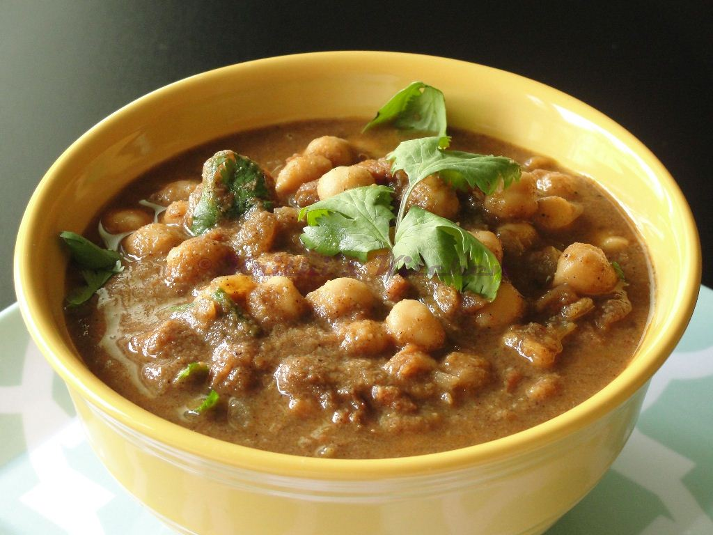 Kitchen: Chole Masala / Channa Masala with Home-made Chana masala ...