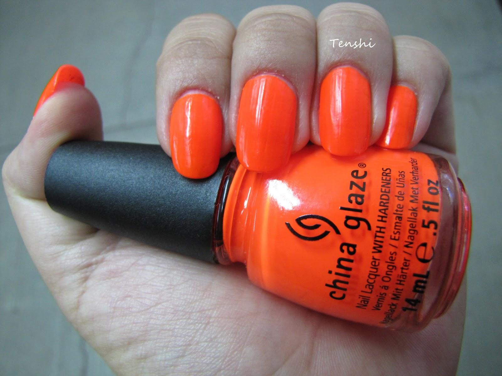 Nails by Tenshi: 31 días de uñas: Día 2, uñas naranjas