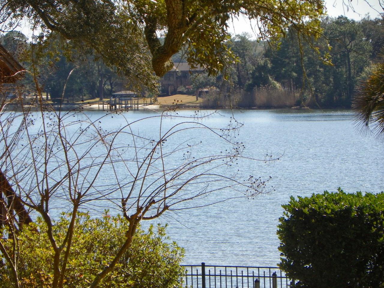 Waterfront real estate in Cordova Park, Pensacola, FL 32503
