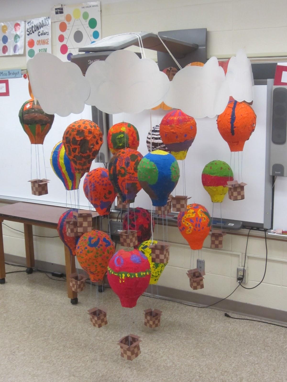 Collaborative Classroom Art Project : Southside students create collaborative mobile sparta