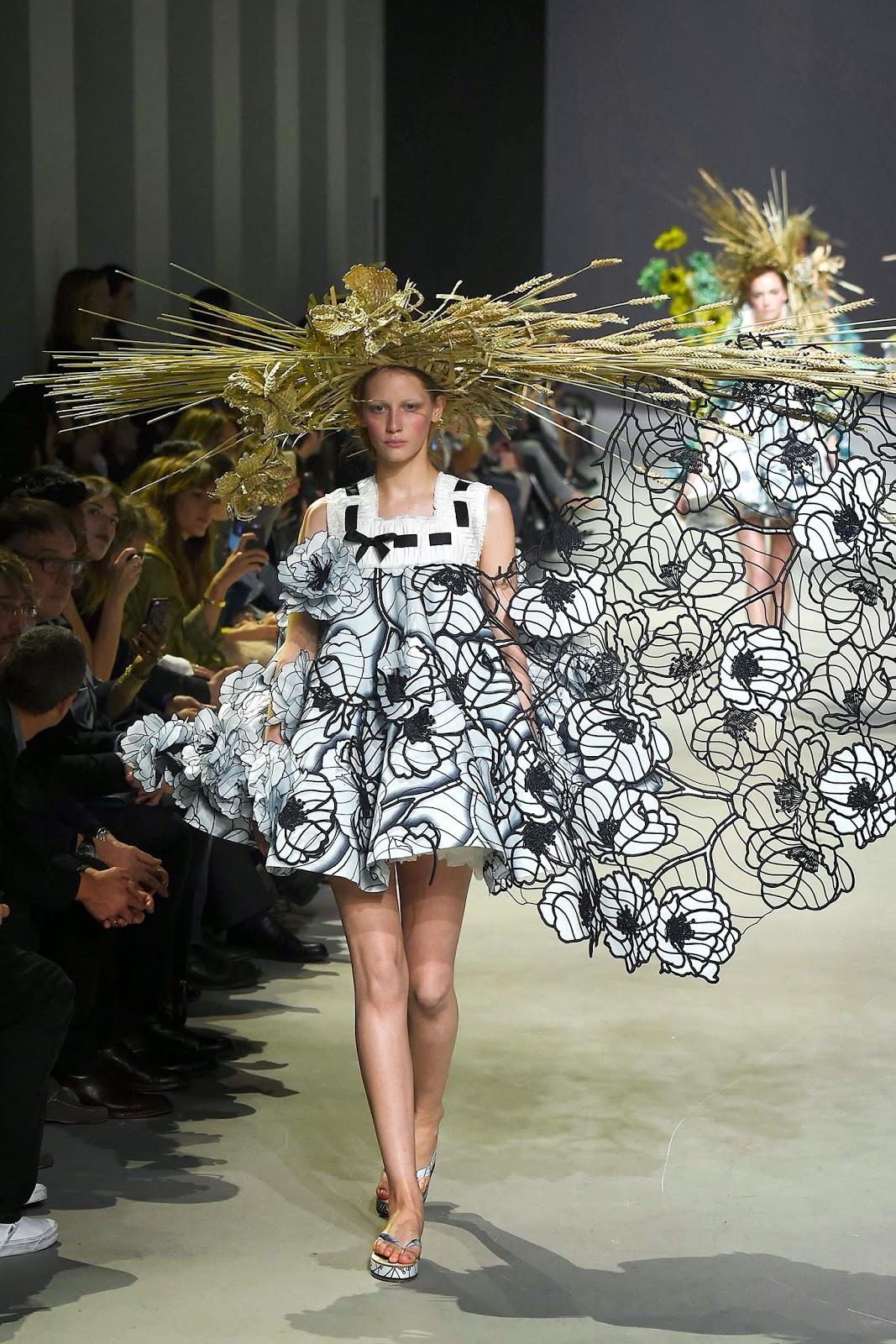 hay + wheat hat corn flower field dress, spring 2015 couture viktor & rolf