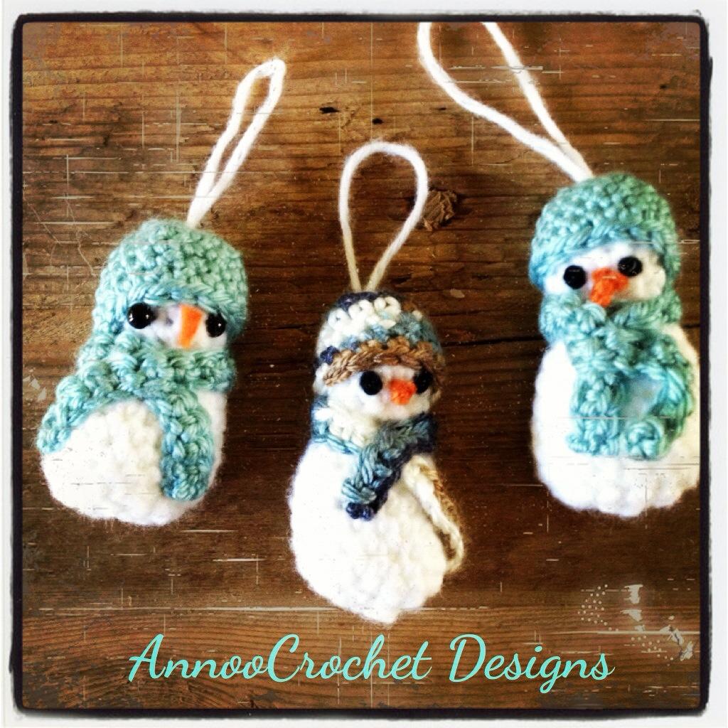 Annoos Crochet World Snowman Ornament