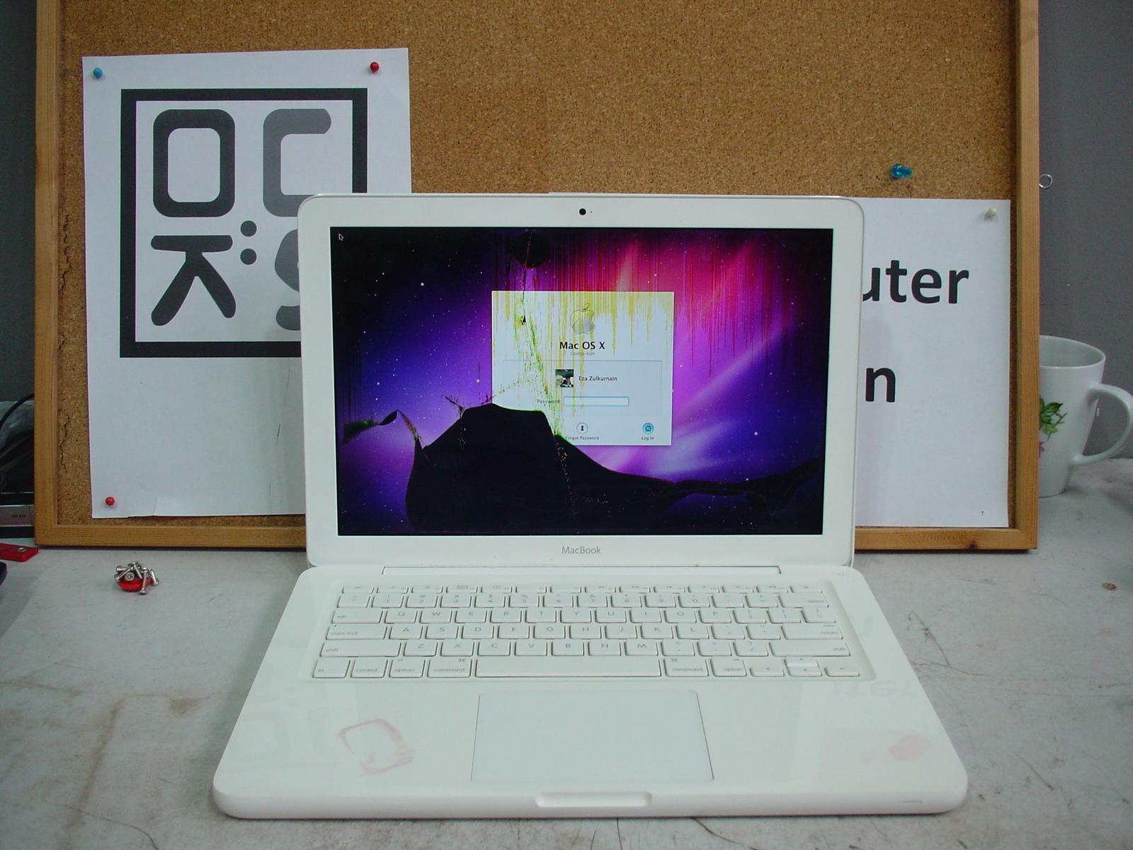 Apple Macbook Before JPG