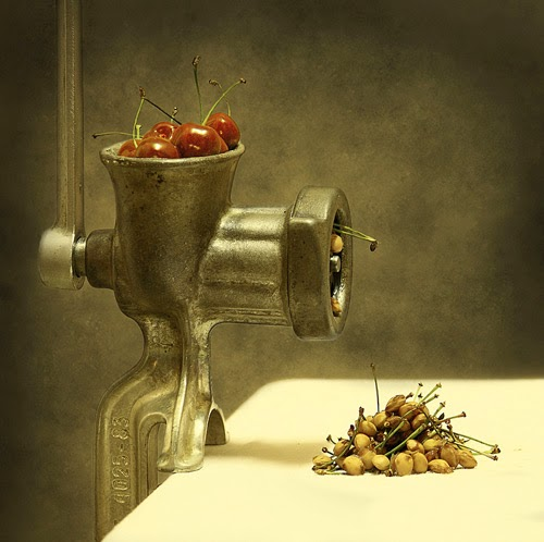 http://1x.com/photos/still-life/32212/