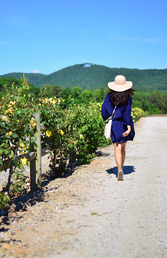 What to wear with a floppy hat