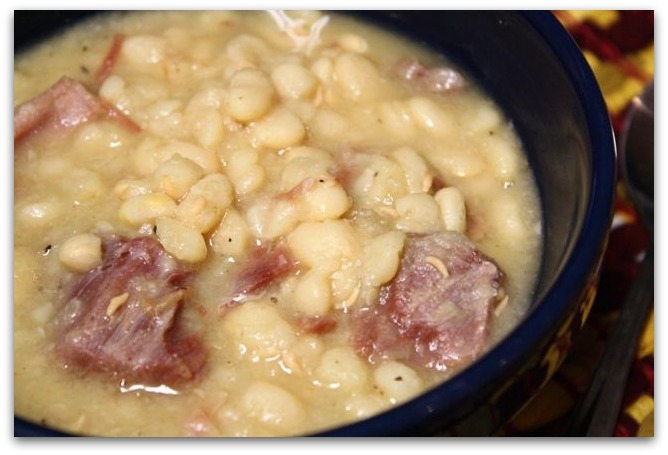 Grandma Honey: Crockpot Northern Beans and Ham