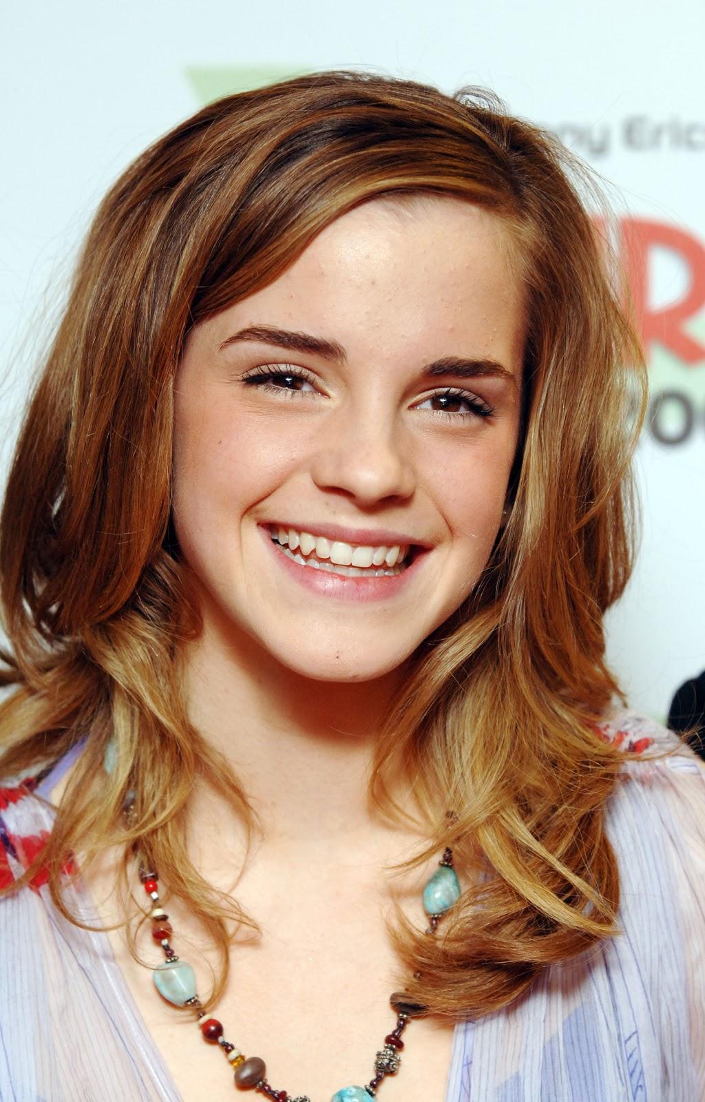 Emma Watson New Hair Cut Looks Angled Bob Hairstyle