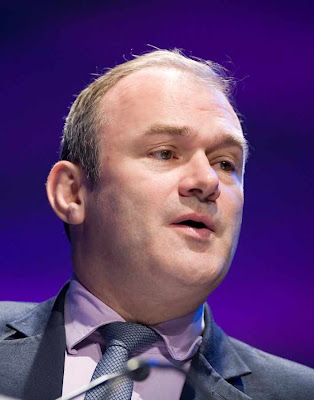 Edward Davey, ministro de Meio Ambiente ingls  liberou explorao do gs de xisto