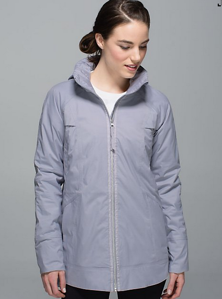 http://www.anrdoezrs.net/links/7680158/type/dlg/http://shop.lululemon.com/products/clothes-accessories/women-outerwear/Fo-Drizzle-Jacket?cc=17310&skuId=3586295&catId=women-outerwear