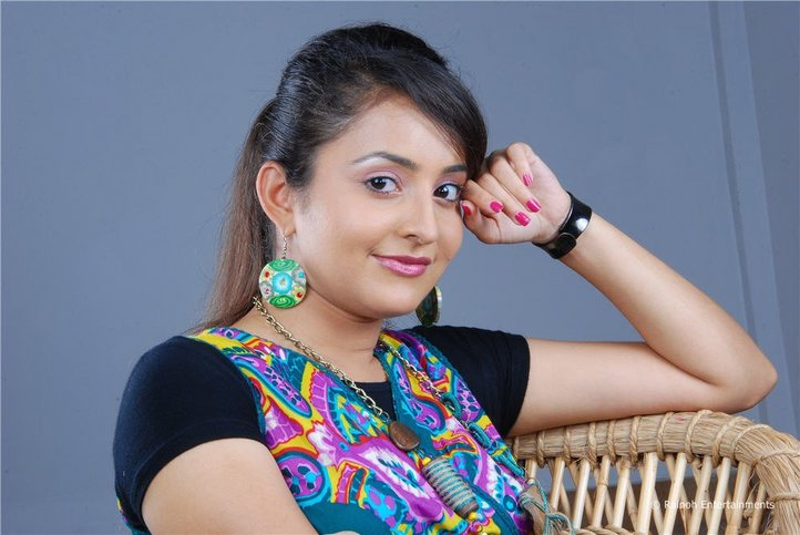 Malayalam Actress Bhama Latest Cute Stills Images Gallery hot images