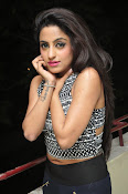 vriti khanna photos at calling bell success meet-thumbnail-17