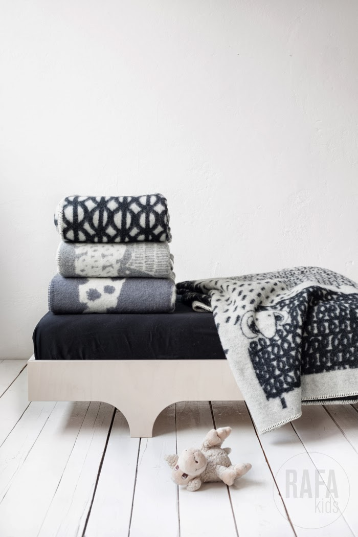 scandinavian wool blankets from Rafa-kids