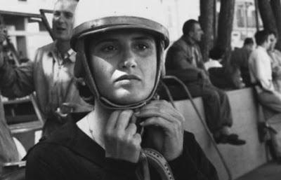 Πέθανε η πρώτη οδηγός της Formula 1