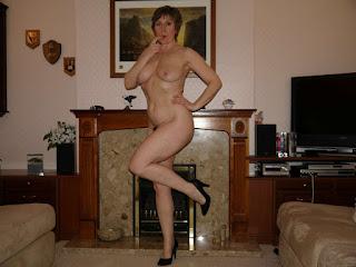 Twerking blondes - rs-Miss_J_20-794986.jpg