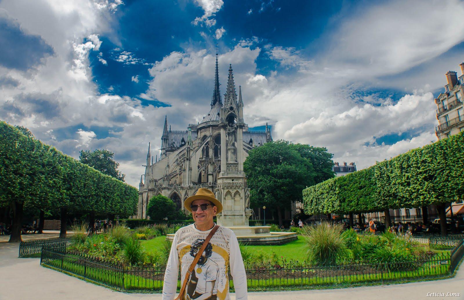 PARTE POSTERIOR DA CATEDRAL DE /NOTRE DAME - PARIS
