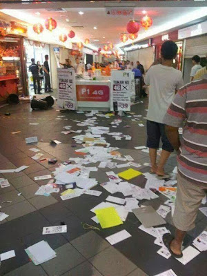 Gambar Kaunter Booth P1 Wimax Diserang Pengguna Kecewa