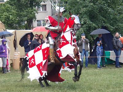 Kraków, Wawel, wianki 2015, jarmark świętojański, turniej rycerski, tortury, kat