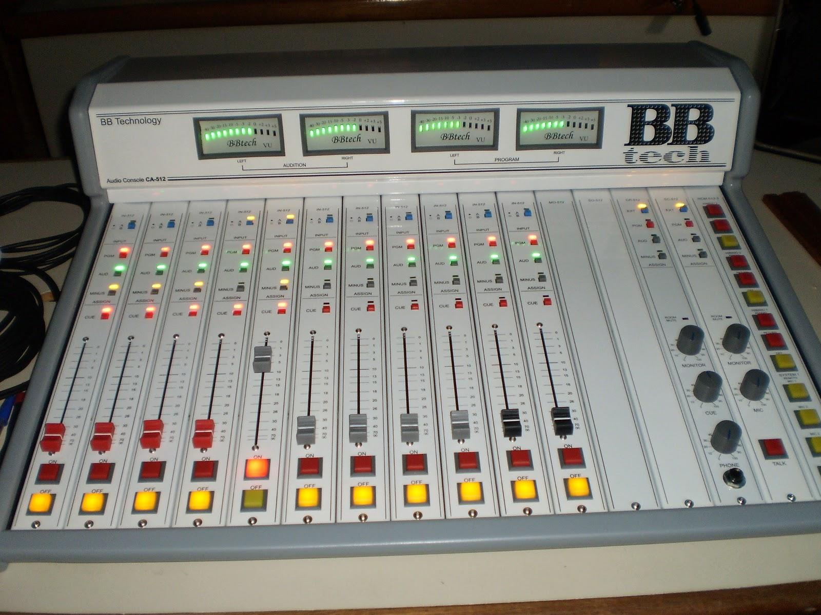 R dio esperan a reforma est dios e investe em modernidade for Carles mesa radio nacional