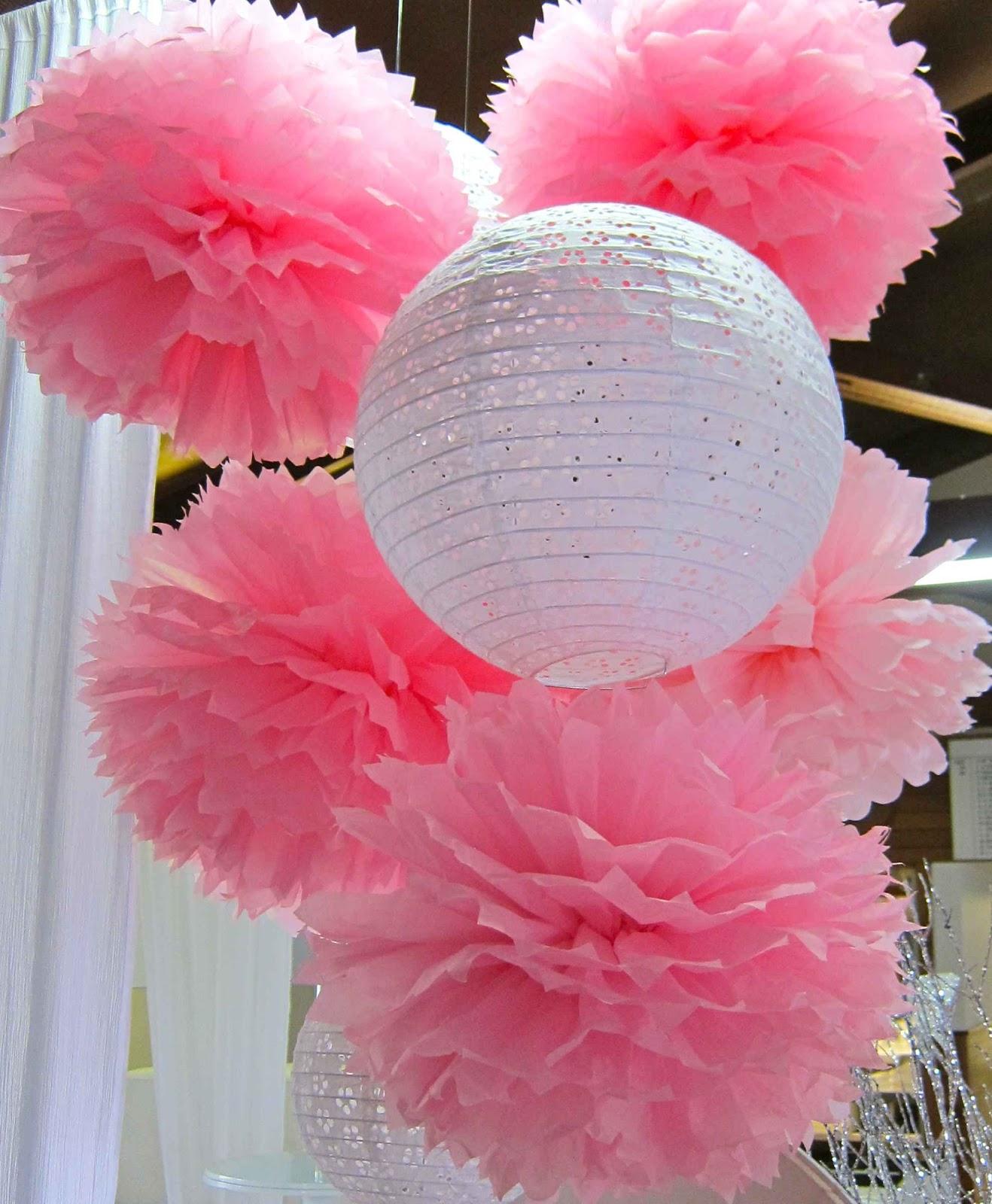 http://3.bp.blogspot.com/-dA2OQxyQE8I/UStPVb3xvpI/AAAAAAAAAKI/1KZEAB9pbDY/s1600/Pink&Lace2.jpg