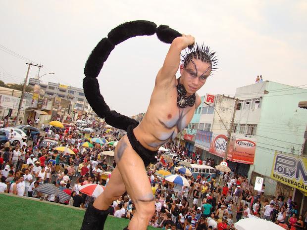 Nell Dançarino de 'Escorpião' durante a última Parada do Orgulho LGBTS de Taguatinga que reuniu aproximadamente 40 mil pessoas segundo a organização | Foto: Hernanny Queiroz/Arquivo/Gay1