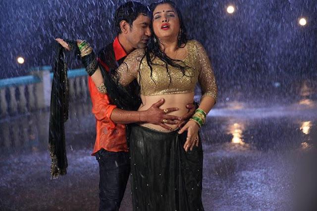 Dinesh Lal Yadav, Amrapali Dubey, Kajal Raghwani Movie 'Aashiq Aawara' Editing Start in mumbai