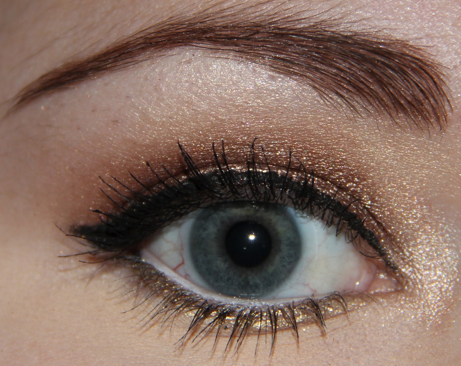 Here's a look I came up with using Bad to the Bronze & Bold Gold: