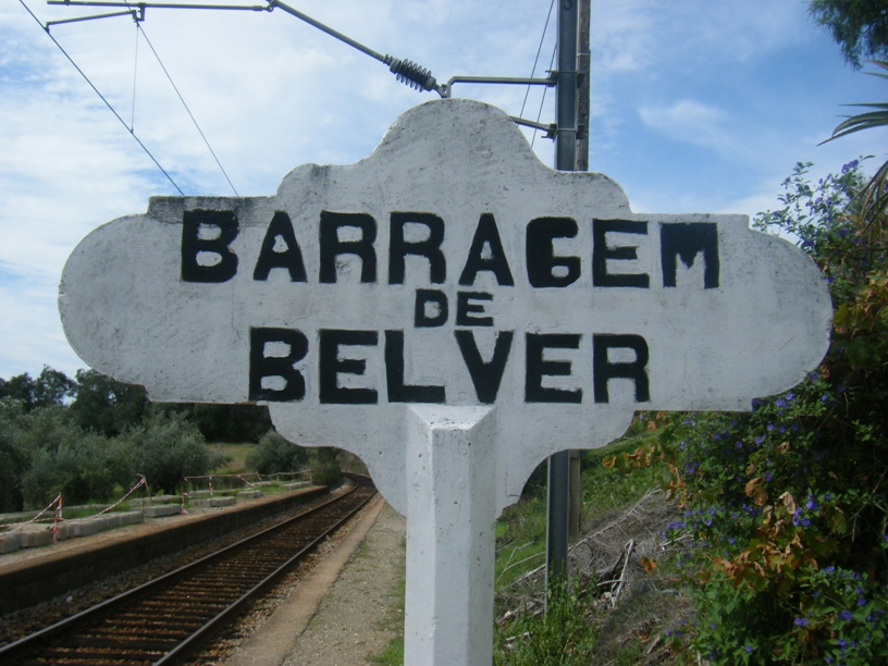 Placa identificativa de do apiadeiro barragem de Belver