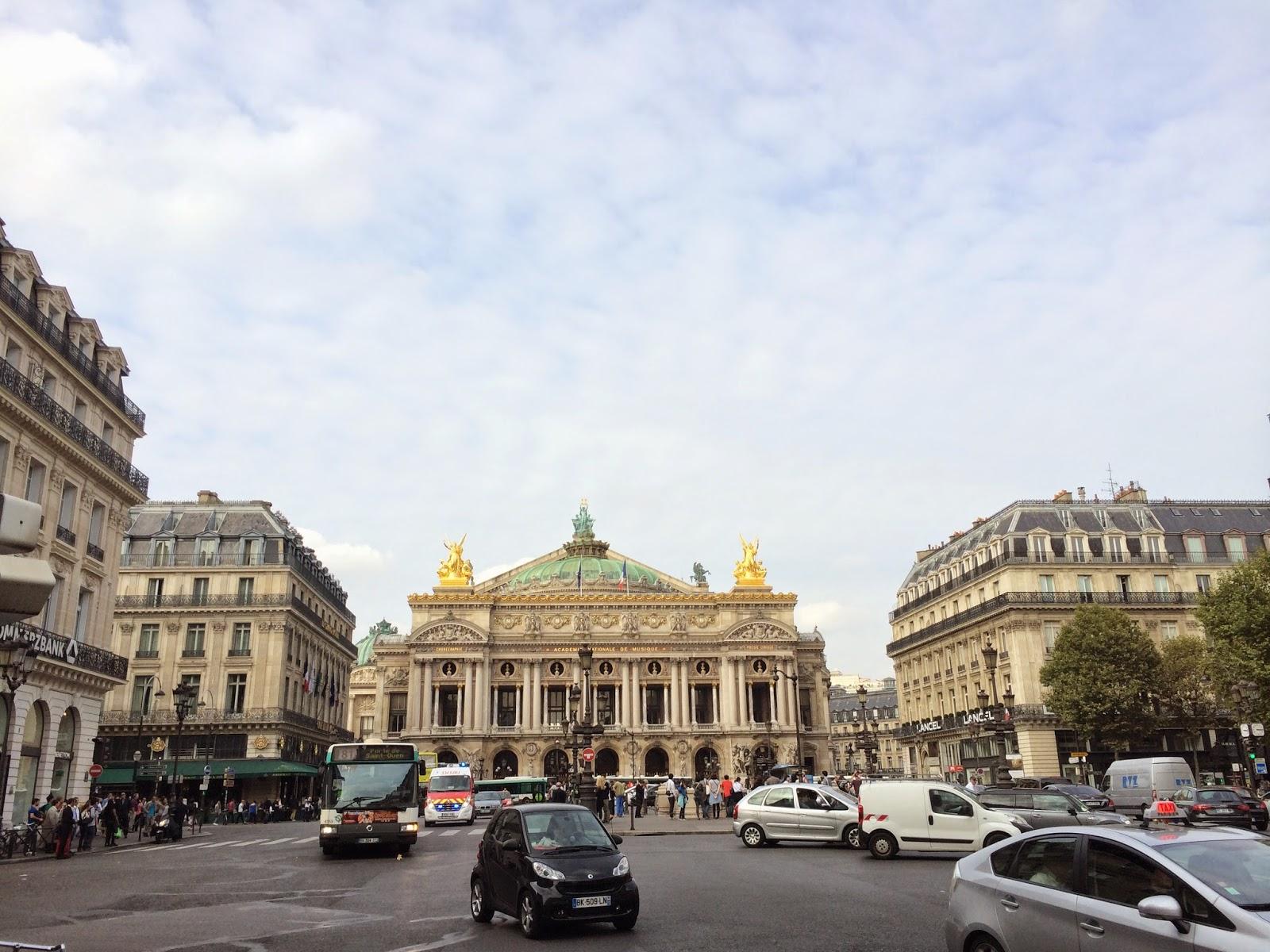 Paris Opera meydanı
