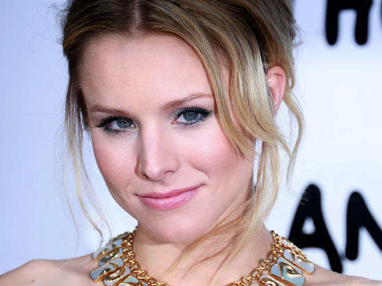 Kristen Bell Hollywood Actress Wallpaper