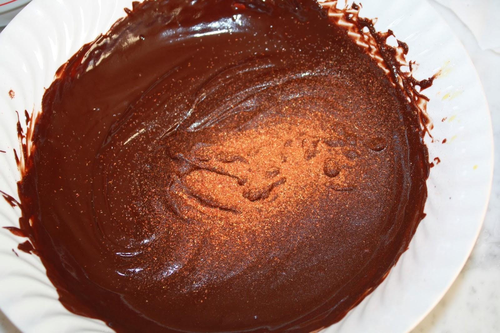 mousse al cioccolato e peperoncino