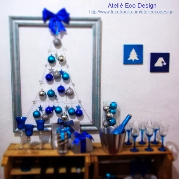 decoracao de arvore de natal azul e prata:espaço para uma arvore de natal convencional vai uma arvore de natal