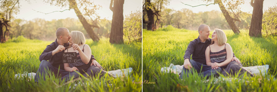 omaha maternity pregnancy announcement newborn photographer nebraska chalco hills