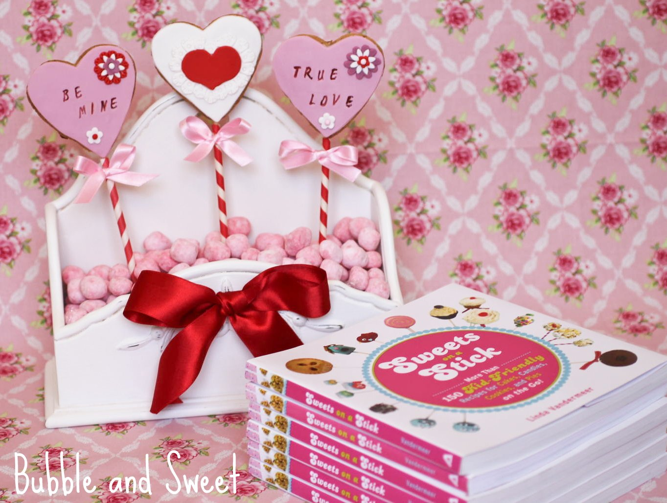 Bubble and Sweet: My Book - Sweets on a Stick