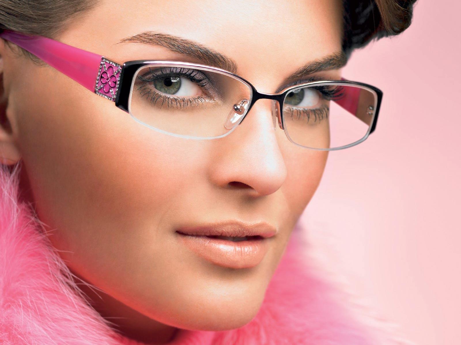 http://3.bp.blogspot.com/-dAuGhCvb0VI/Txhw77fWTCI/AAAAAAAAAmE/Emm8E66dfik/s1600/glasses+8.jpg