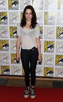 Comic Con 2011 red carpet Kristen Stewart