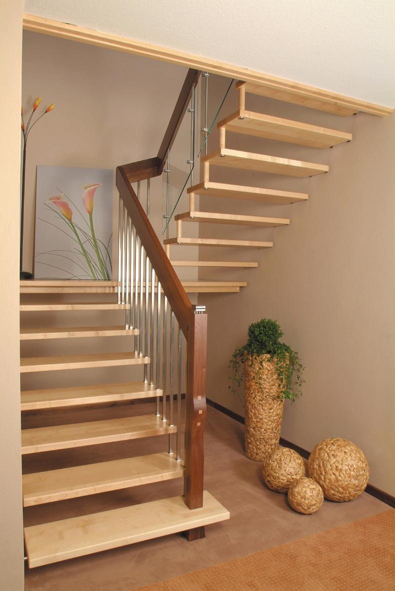 escada jardim madeira:Modelo De Escada