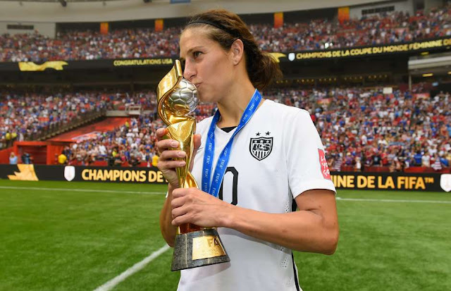 Americanas goleiam Japão e são campeãs mundiais no futebol feminino