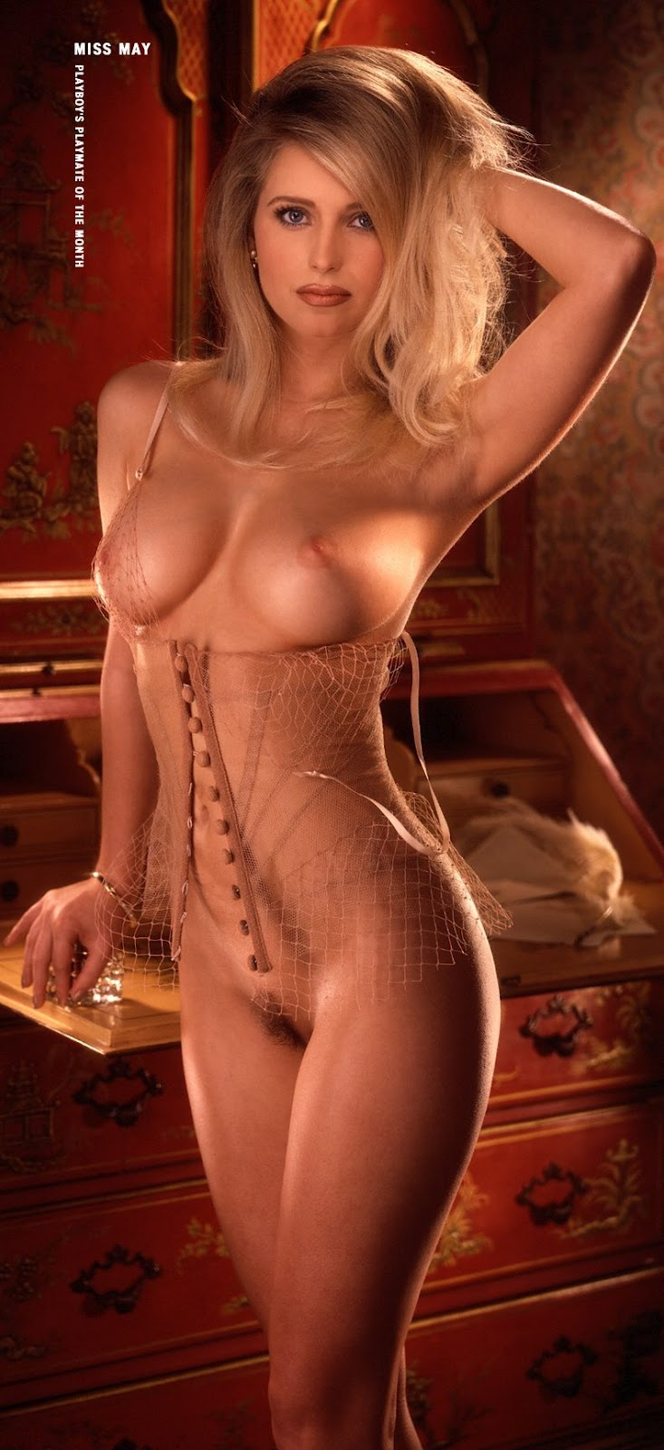 sexy naked blonde pioneer woman