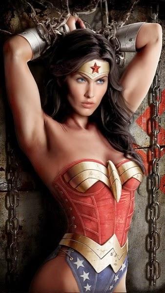 Wonder Woman Hot